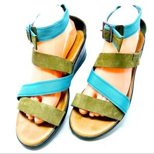 Keen Skyline Leather Ankle Wedge Sandals Size 10.5
